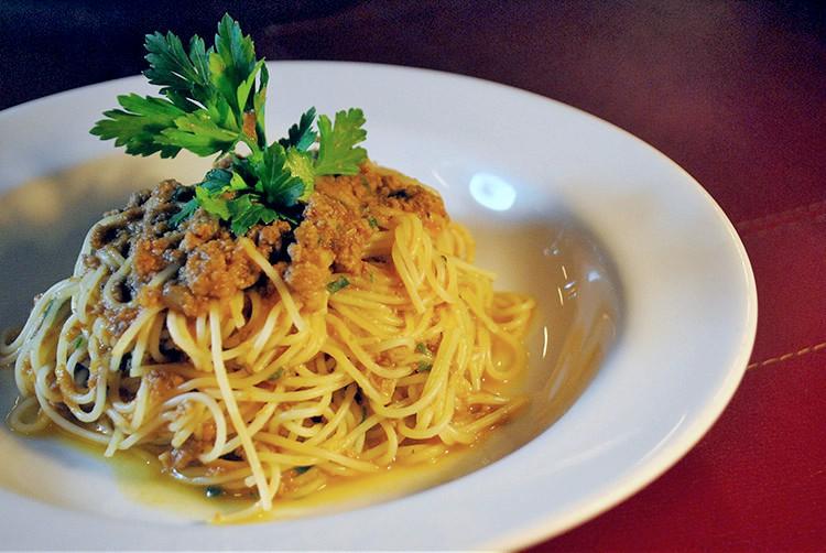 Espaguete ao Ragu