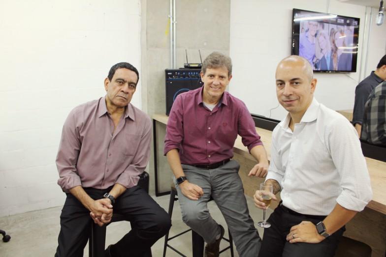 Silvio Cesar (ao centro) e sócios da Real Cloud